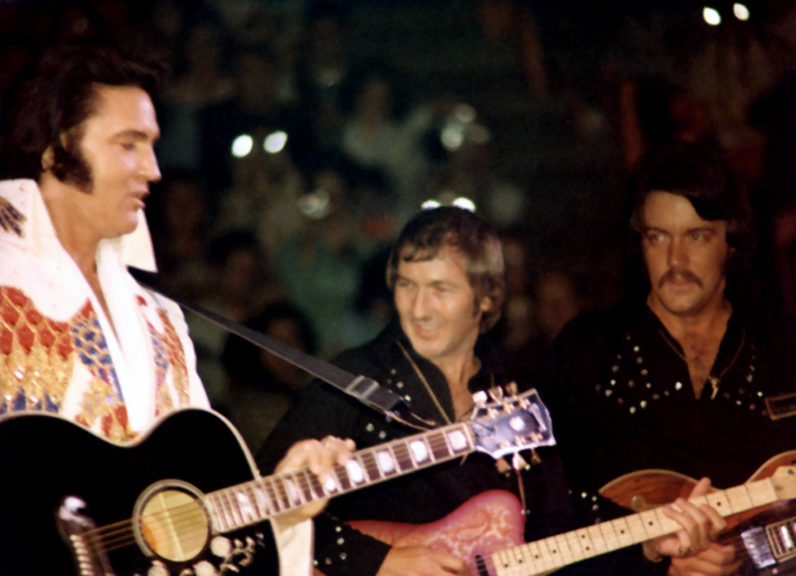 11. Mai 1974 - Forum, Los Angeles, Kalifornien (mit James Burton und John Wilkinson)