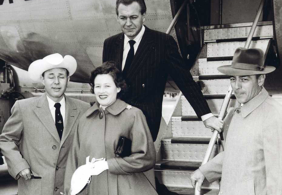 Jim Reeves, Mary Reeves, Forrest Tucker und Horace Logan 1954