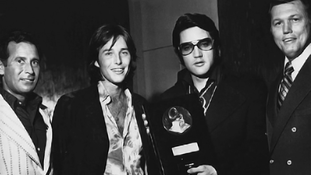 Elvis Bing Crosby Award - 28. August 1971