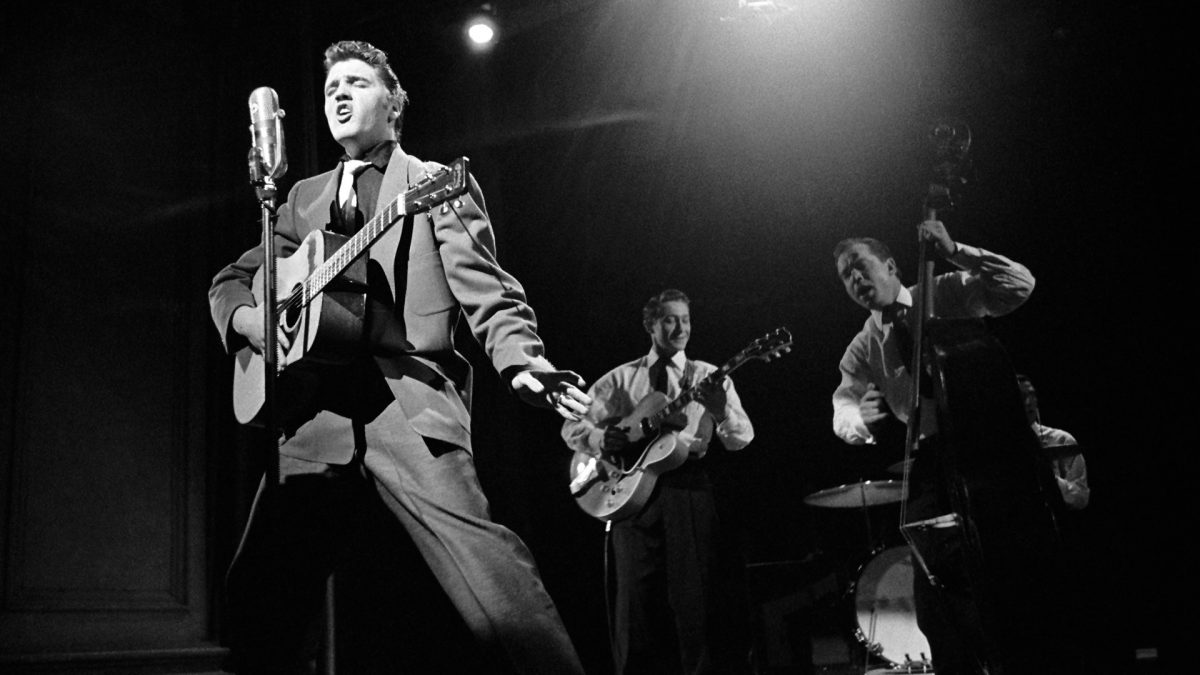 Elvis, Scotty Moore und Bill Black in der Dorsey Brothers Stage Show am 17. März 1956