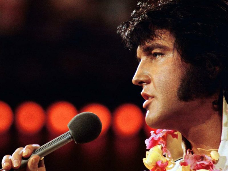 Elvis am 14. Januar 1973 beim Aloha From Hawaii Konzert