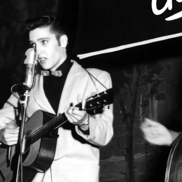16. Oktober 1954 - Elvis mit Scotty Moore und Bill Black bei der Louisiana Hayride